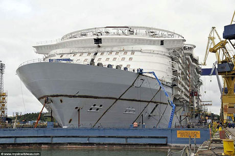 Titanik'ten 5 kat daha büyük galerisi resim 8