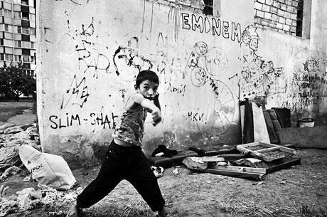 Yeraltında yaşayan sokak çocukları galerisi resim 24