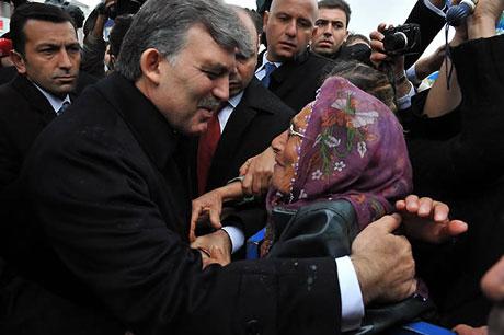 Cumhurbaşkanı Gül'e Tunceli'de Yoğun İlgi galerisi resim 6