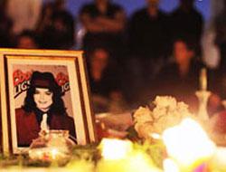 12 Mıchael Jackson hayranı intihar etti