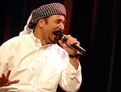"""Şivan Perwer konserinde """"Yaşasın Türkiye"""""""