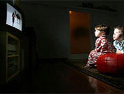 Dikkat! TV'yi Karanlıkta İzlemeyin