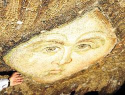 Ayasofya'daki Gizli 'Melek' gün ışığına çıktı