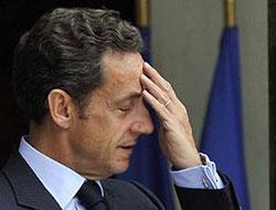 Sarkozy hastaneye kaldırıldı