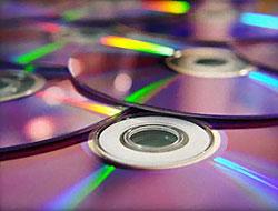 Emniyette 'Korsan CD' galası...