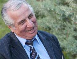 Aram Tigran'da kabrini Diyarbakır'a istemiş