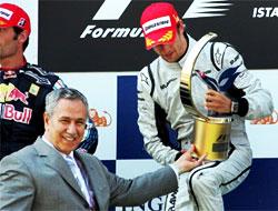 Türkiye Grand Prix'sini Button kazandı