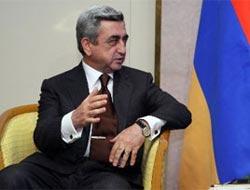 Sarkisyan: Ambargonun kalkması koşulu yok