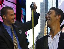 Dünyanın en uzun adamı New York'ta