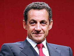Le Monde: Sarkozy, Gül'ü iyi ağırlamadı