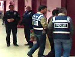 Topçu Albay'a kaçak sigara gözaltısı