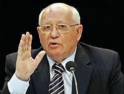 Gorbaçov: 3. dünya savaşını önledik