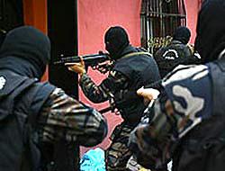 8 ilde El Kaide operasyonu!