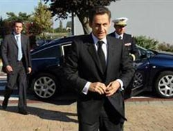 """Sarkozy: """"Afganistan'a tek asker bile göndermeyiz"""""""