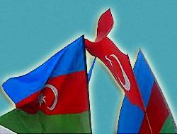 Azerbaycan'a Bayrak Notası!
