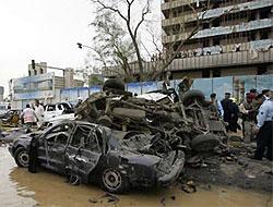 Bağdat'ta kanlı pazar: 132 ölü