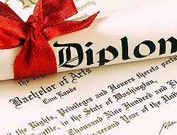 94 yaşında hukuk diploması aldı
