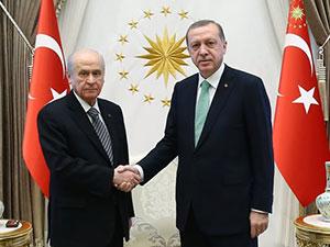 Erdoğan, Bahçeli ile 1 saat görüştü