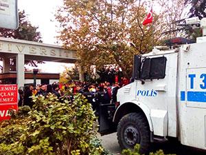 Boğaziçi Üniversitesi'nde rektör protestosuna müdahale