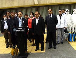 Newroz'a kadar öpüşmeyin, tokalaşmayın