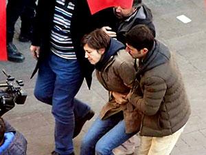 Akademisyen Nuriye Gülmen 12. kez gözaltına alındı