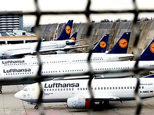 Lufthansa, grev nedeniyle 1706 uçuşunu daha iptal etti