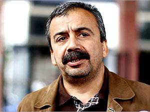 Sırrı Süreyya Önder'e 40 yıl hapis istemiyle dava