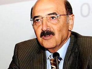 Gazeteci Hüsnü Mahalli hastaneye kaldırıldı