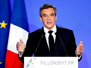 Fransa cumhurbaşkanlığı adayı Fillon'un evine polis baskını