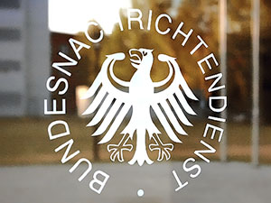 'Almanya, MİT'in izlediği kişileri uyardı' iddiası