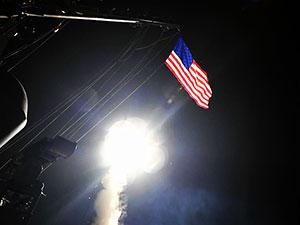 ABD Tomahawk füzeleriyle Suriye'yi vurdu