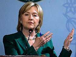 Hillary Clinton Adana'da mola verdi