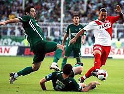 Bursaspor, Antalyaspor'a takıldı