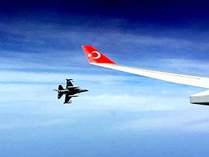 F-16'lar Erdoğan'ın uçağına eşlik etti