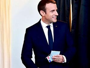 Macron: Milletvekili sayısını üçte bir azaltacağım