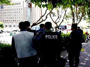 Tahran metrosunda bıçaklı saldırı