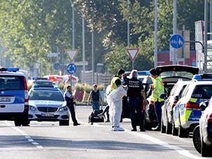 Almanya'da gece kulübüne silahlı saldırı