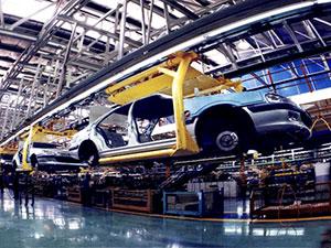 İran'dan tarihi otomobil anlaşması