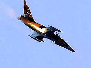 Suriye'de rejime ait savaş uçağı düştü