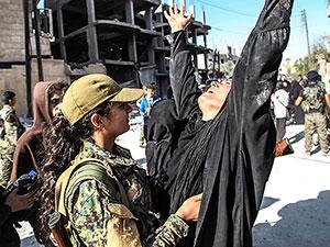 Rakka'da sona doğru: 5 yıllık esaretin ardından özgürlük anı