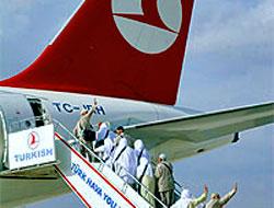 Hacı adaylarında domuz gribi çıkınca uçak geri döndürüldü
