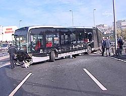 Metrobüs hattan çıktı E 5 trafiği felç