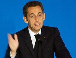 """Sarkozy: """"Fransa'da burkaya yer yok!"""""""
