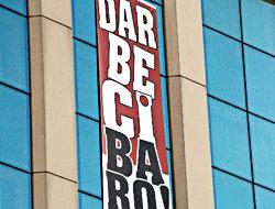 Şok pankart: Darbeci Baro Taksim'e hoşgeldin