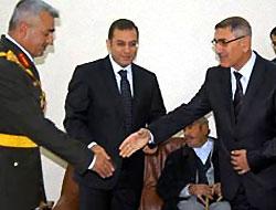 DTP'li Başkan Komutanla Bayramlaştı