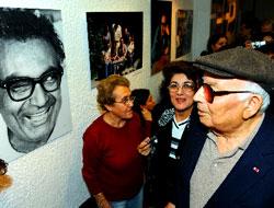 Yaşar Kemal'in 50 yılı için Fransa'da sergi açıldı