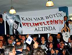 Baykal ve Öymen'e üniversitede protesto