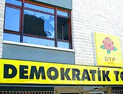 DTP Genel Merkezine Taşlı Saldırı