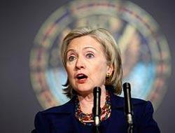 Clinton minare yasağını eleştirdi