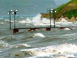 Fırtına hayatı olumsuz etkiliyor